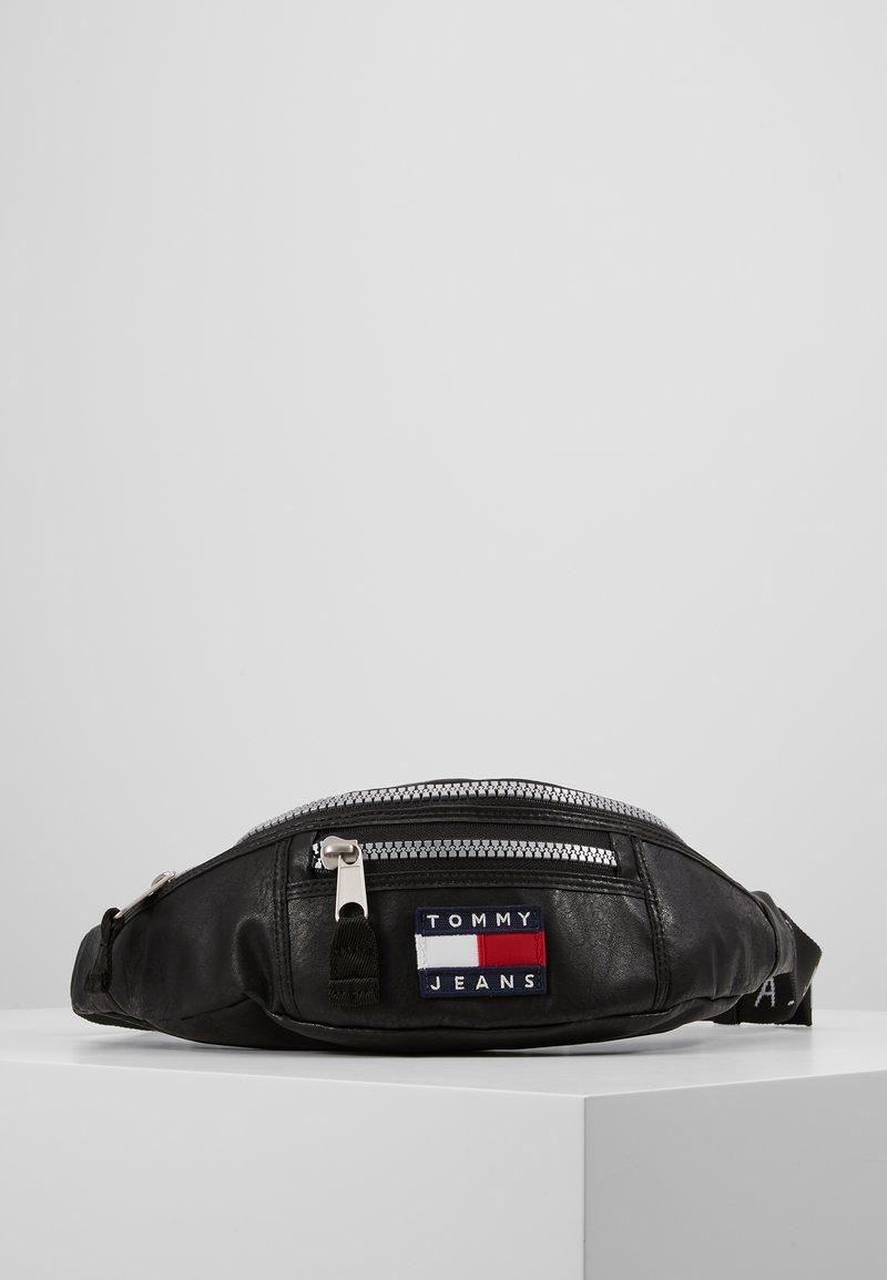 Tommy Jeans - TJM HERITAGE BUMBAG - Bum bag - black