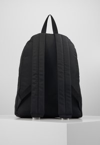 Tommy Jeans - COOL CITY BACKPACK - Reppu - black - 3