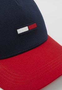 Tommy Jeans - FLAG - Cap - dark blue/red - 2