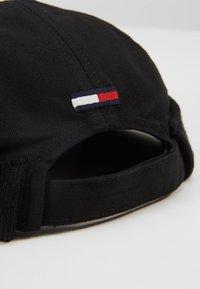 Tommy Jeans - DOCKER FLAG HAT - Klobouk - black - 4
