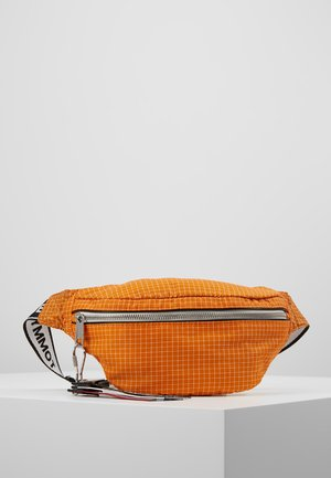LOGO TAPE RIPSTOP BUMBAG - Heuptas - orange