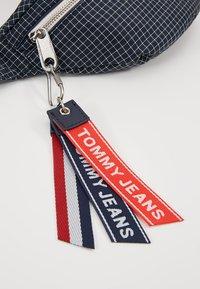 Tommy Jeans - LOGO TAPE RIPSTOP BUMBAG - Ledvinka - blue - 7