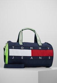 Tommy Jeans - HERITAGE DUFFLE - Torba sportowa - multi-coloured - 0