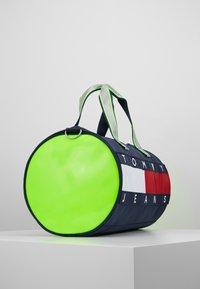 Tommy Jeans - HERITAGE DUFFLE - Torba sportowa - multi-coloured - 3