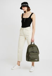 Tommy Jeans - COOL CITY BACKPACK - Zaino - green - 5