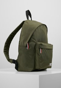 Tommy Jeans - COOL CITY BACKPACK - Zaino - green - 3