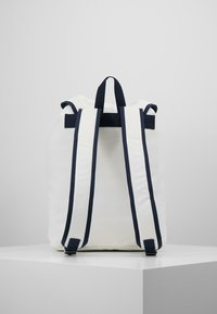 Tommy Jeans - HERITAGE BACKPACK - Ryggsekk - white - 3