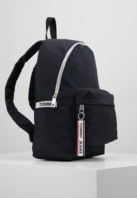 Tommy Jeans - LOGO TAPE BACKPACK - Rucksack - black - 3