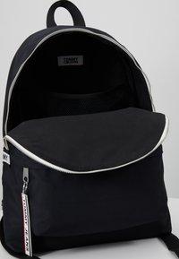 Tommy Jeans - LOGO TAPE BACKPACK - Rucksack - black - 4