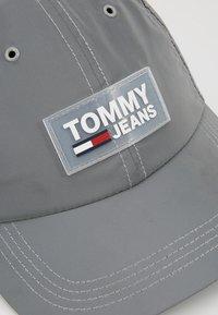 Tommy Jeans - URBAN - Gorra - grey - 6