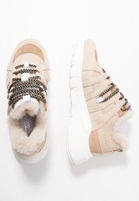Toral - Sneakersy niskie - beige - 3