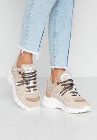 Toral - Sneakersy niskie - beige - 0
