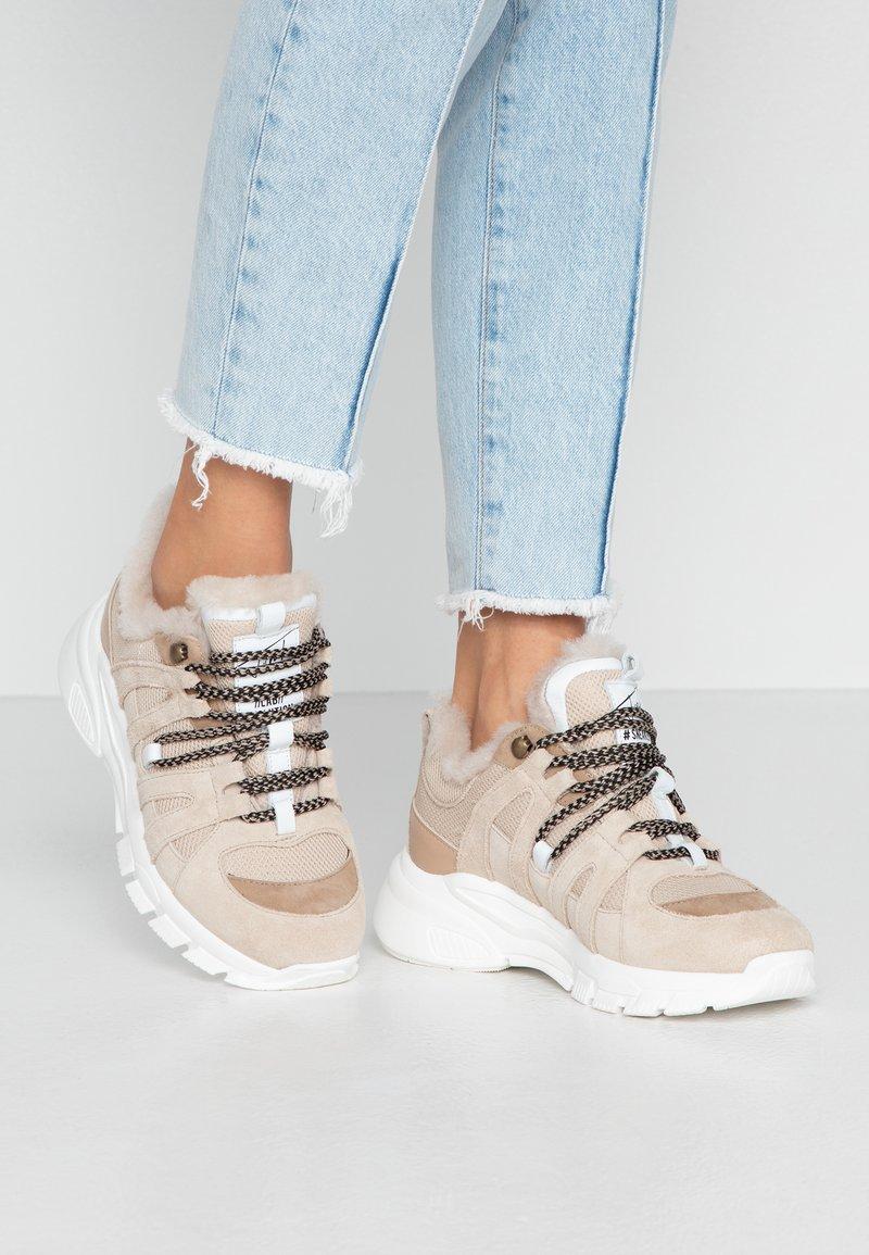 Toral - Sneakersy niskie - beige
