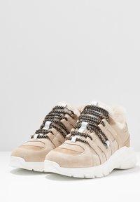 Toral - Sneakersy niskie - beige - 4