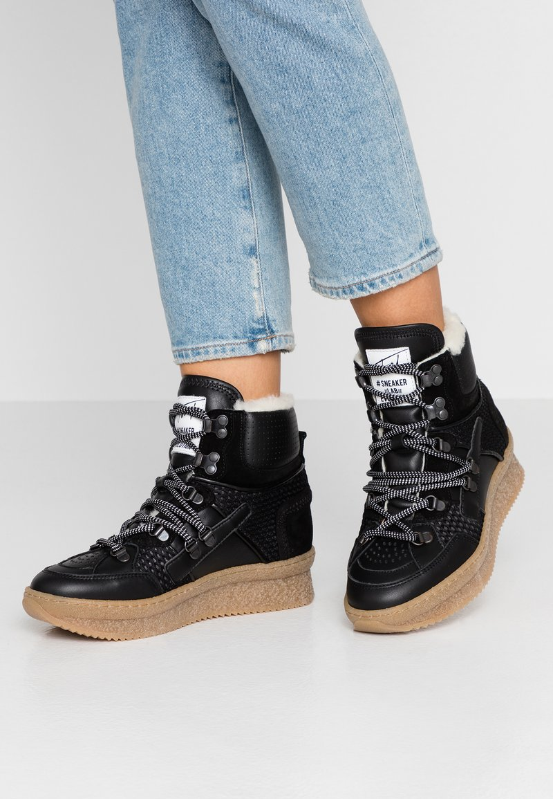 Toral - Zapatillas altas - black