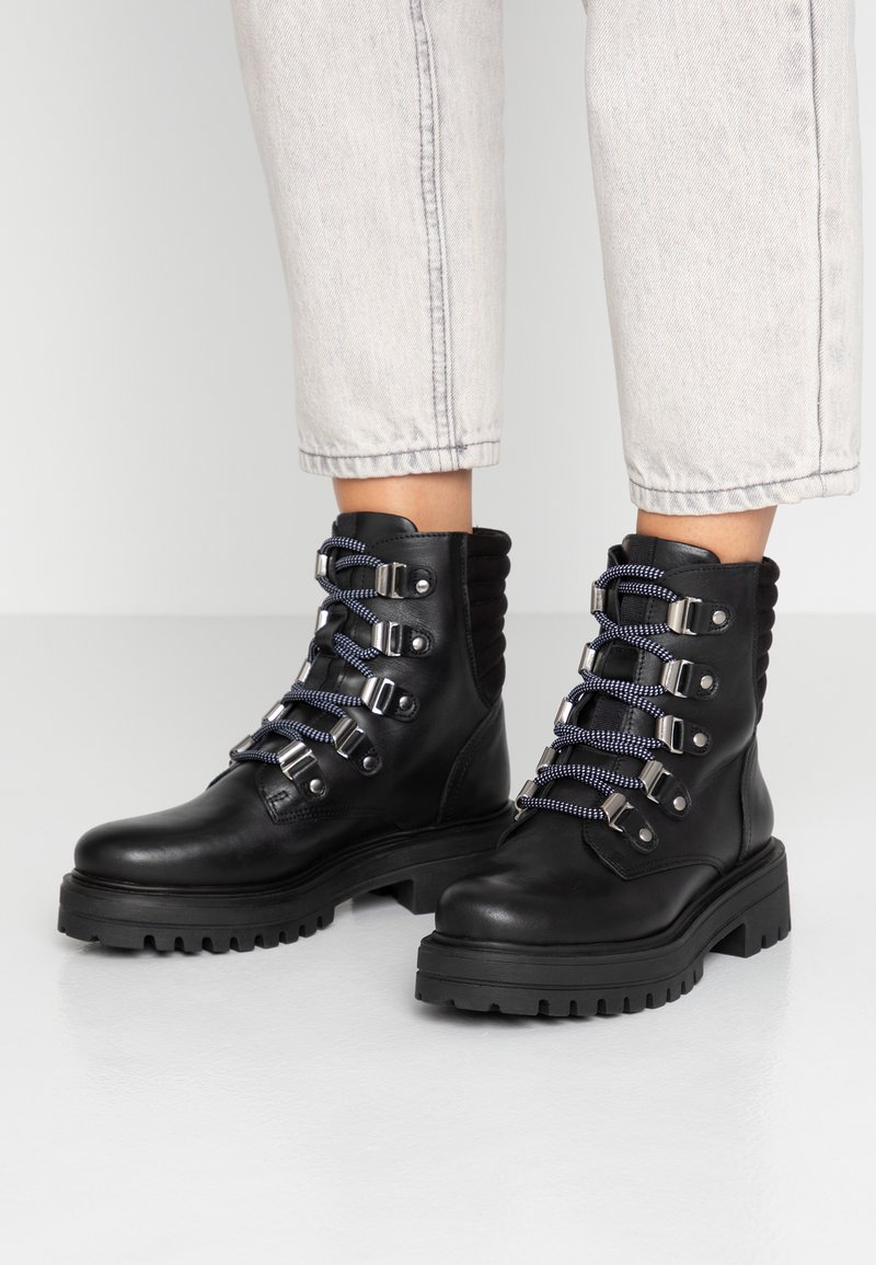 Toral - Bottines à plateau - black