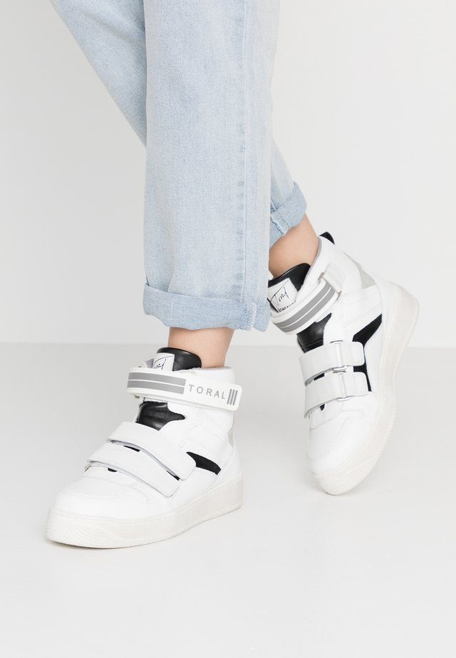 Sneakers high - blanco