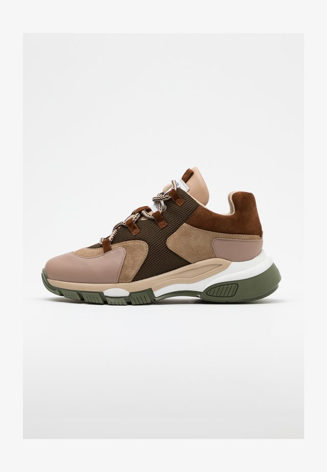 Sneakers - seta castor/basket/khaki