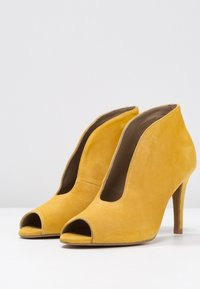 Toral - High heeled ankle boots - maya - 4