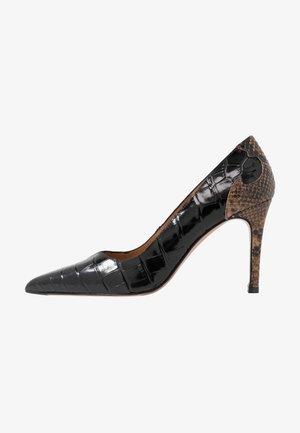 High heels - chino