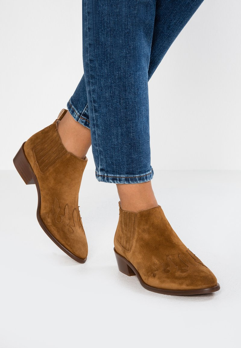 Toral - Ankle boot - basket cognac