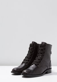 Toral - Lace-up ankle boots - black - 4