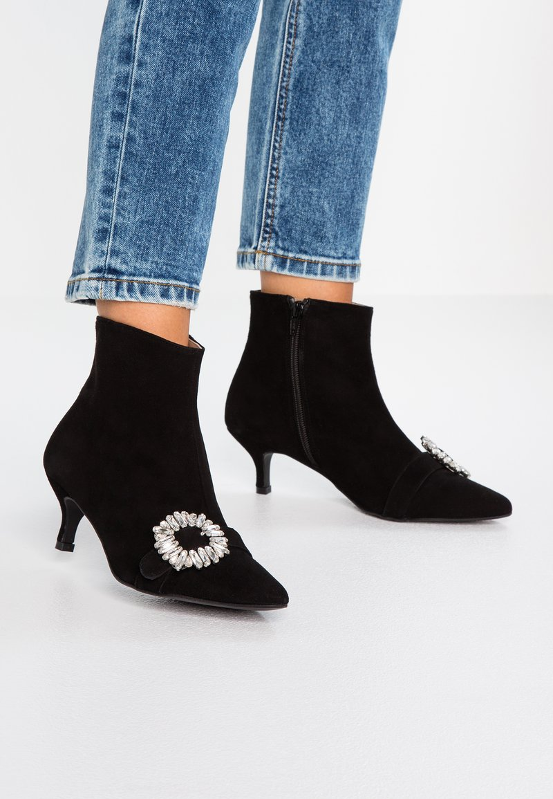 Toral - Ankle boots - black