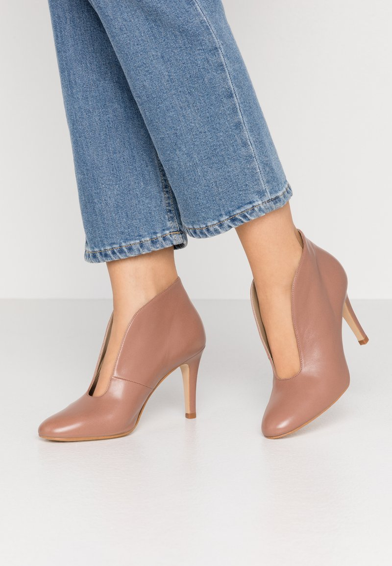 Toral - High heeled ankle boots - taupe