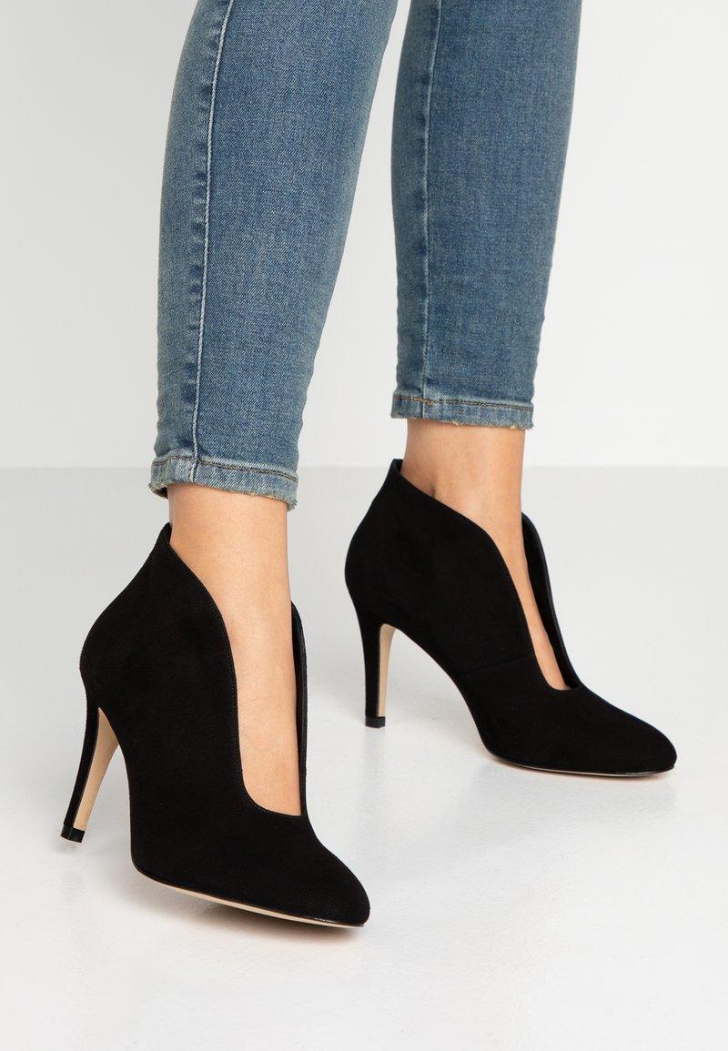 Toral - High Heel Stiefelette - black