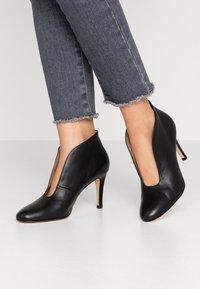 Toral - High Heel Stiefelette - black - 0