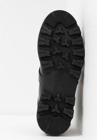Toral - Platåstøvletter - black - 6