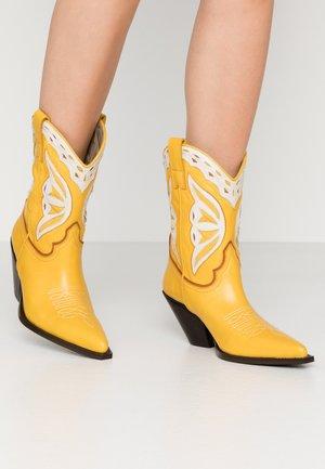 Cowboy/Biker boots - savana tuorlo/savana greige/fiona testa