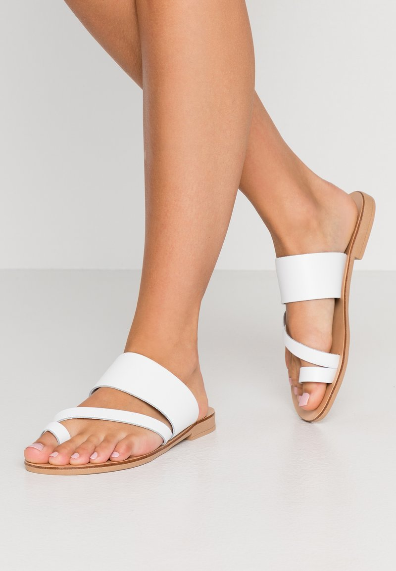 Topshop Wide Fit - WIDE FIT HOPE  - T-bar sandals - white