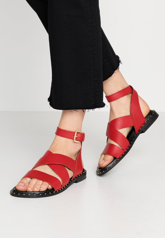WIDE FIT HAMPTON - Sandals - red