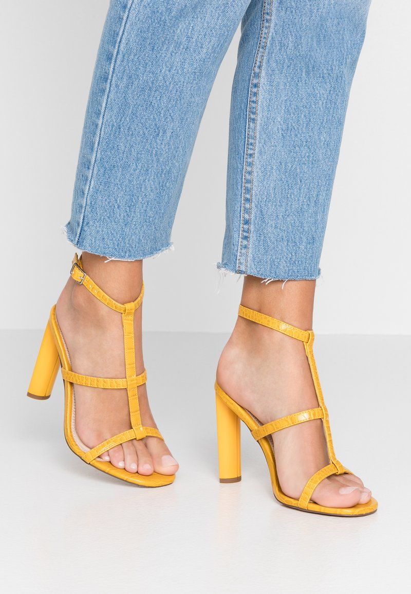 Topshop Wide Fit - WIDE FIT RIVER STRAPPY BLOCK - High Heel Sandalette - yellow