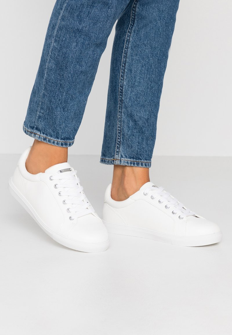 Topshop Wide Fit - WIDE FIT COLA - Sneaker low - white