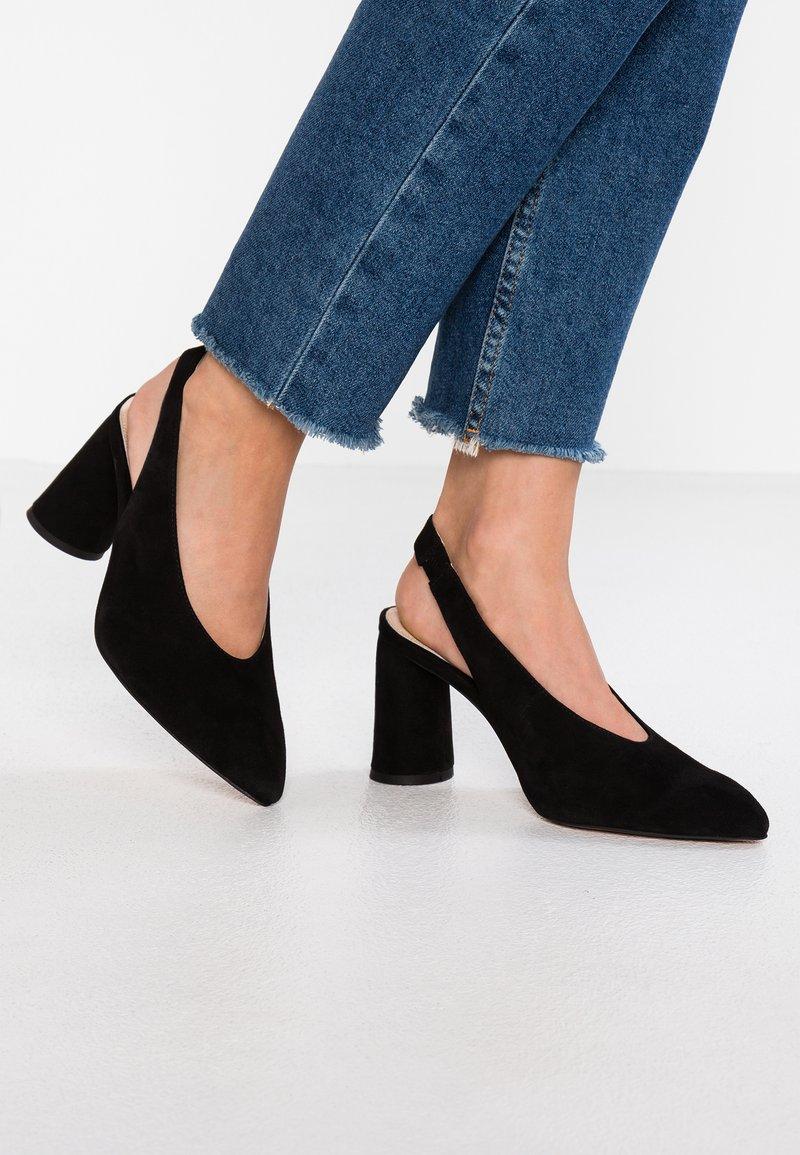 Topshop Wide Fit - WIDE FIT GRIN - Zapatos altos - black