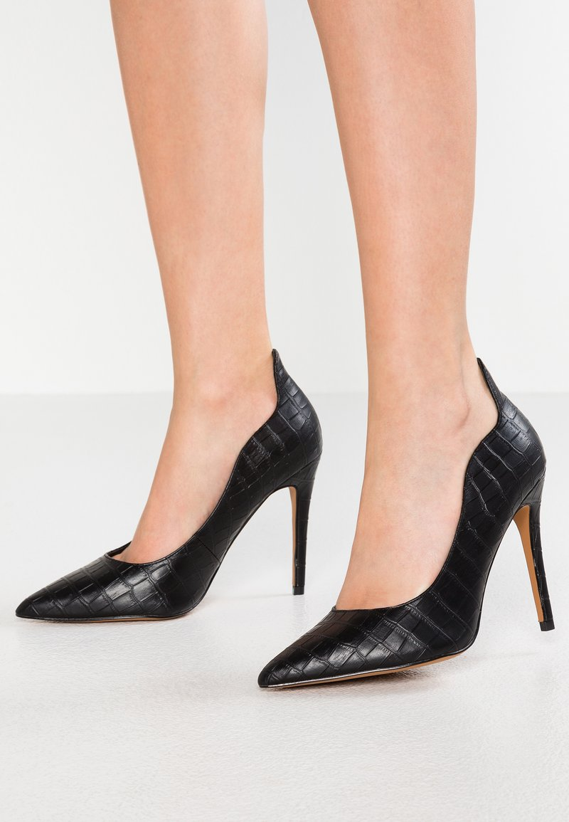 Topshop Wide Fit - WIDE FIT SAMMY COURT SHOE - High heels - black