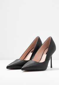 Topshop Wide Fit - WIDE FIT GIGI - Korolliset avokkaat - black - 4