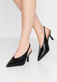 Topshop Wide Fit - WIDE FIT JESSIE POINT - Classic heels - black - 0