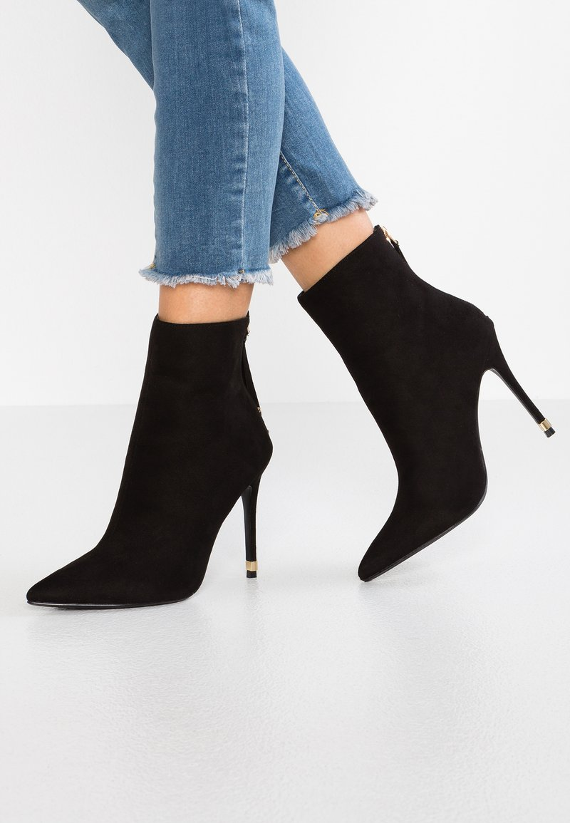 Topshop Wide Fit - WIDE FIT ELLA POINT SELF SERVE BOOT - High Heel Stiefelette - black