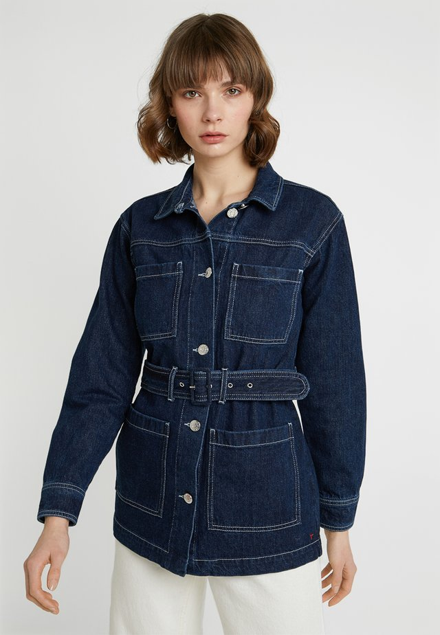MANDELA UNIFORM JACKET - Džínová bunda - denim blue