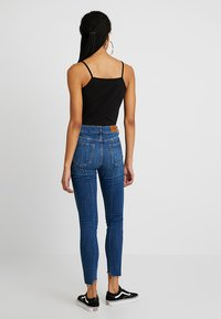 Tomorrow - DYLAN CROPPED - Jeans Skinny Fit - denim blue - 2