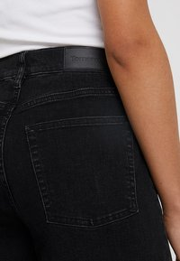 Tomorrow - KERSEE  - Flared Jeans - black - 6