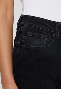 Tomorrow - KERSEE  - Flared Jeans - black - 4