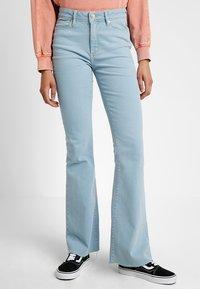 Tomorrow - ALBERT - Flared Jeans - denim blue - 0