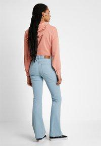 Tomorrow - ALBERT - Flared Jeans - denim blue - 2