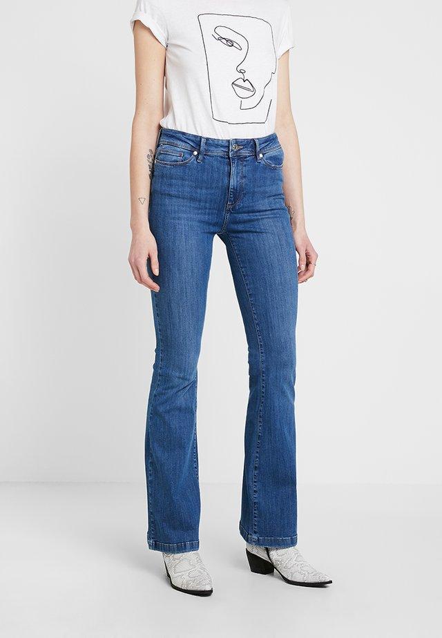 ALBERT  - Flared jeans - denim blue