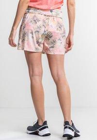 Torstai - TIBET - Sports shorts - peach - 2