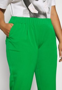 MY TRUE ME TOM TAILOR - SLEEK SUIT PANTS - Kangashousut - gras green - 4